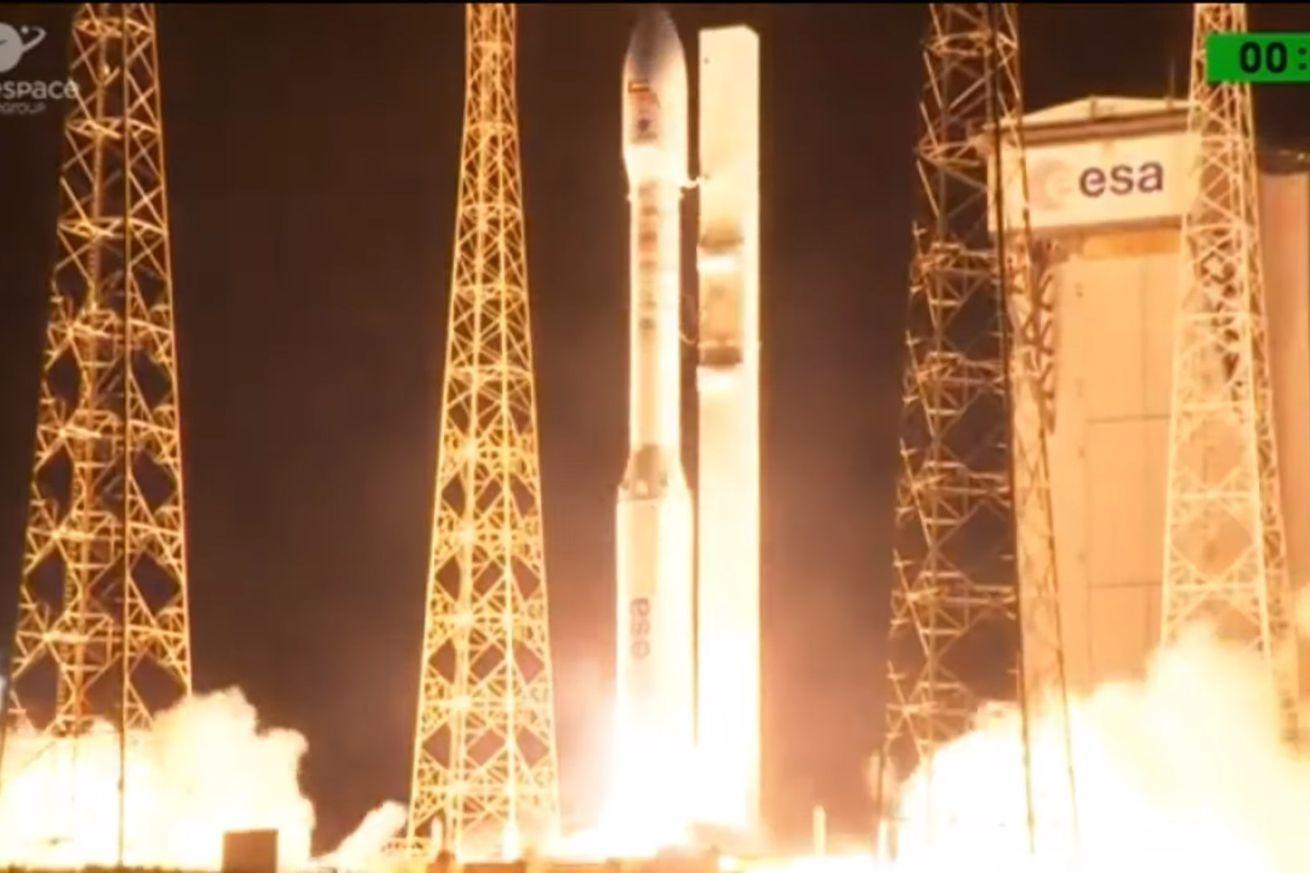 Arianespace launch failure destroys military satellite